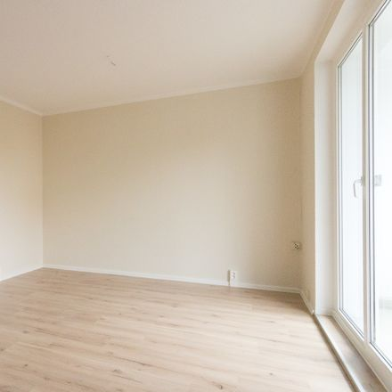 Rent this 3 bed apartment on Block 15 in Prof.-Dr.-Dieckmann-Straße, 08280 Aue-Bad Schlema