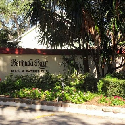 Rent this 2 bed condo on 35th Terrace South in Saint Petersburg, FL 33711