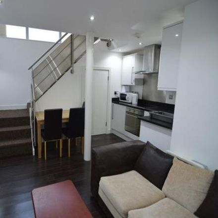 Rent this 1 bed apartment on London in 63 Brady Street, E1 5PS