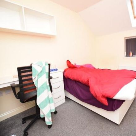 Rent this 1 bed room on The Scar Cafe in Lockwood Scar, Kirklees HD4 6BD