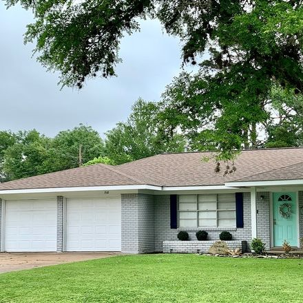 Rent this 3 bed house on 718 Ward Street in Sealy, TX 77474