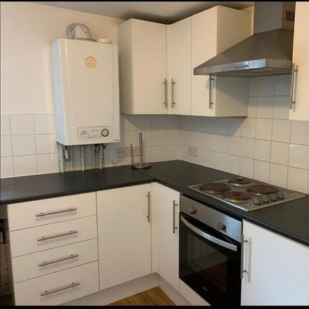 Rent this 2 bed apartment on A4230 in Skewen, SA10 6HH