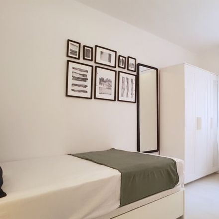 Rent this 8 bed apartment on Gran Via de les Corts Catalanes in 202, 8015 Barcelona