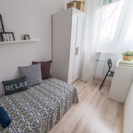 Rent this 5 bed room on Wrzeciono 1A in 01-951 Warsaw, Poland
