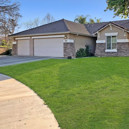 Rent this 4 bed house on 3601 North Vickie Court in Visalia, CA 93291