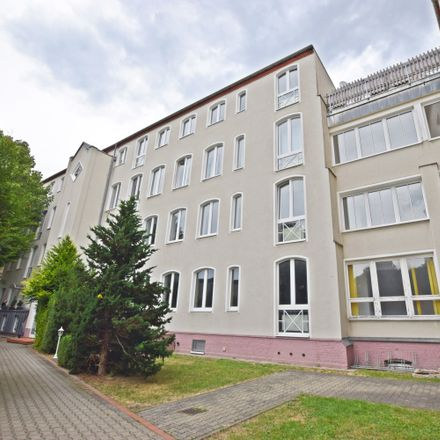 Rent this 4 bed apartment on 09111 Chemnitz