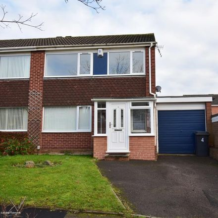 Rent this 3 bed house on Triumph in Tamworth B77 2RT, United Kingdom