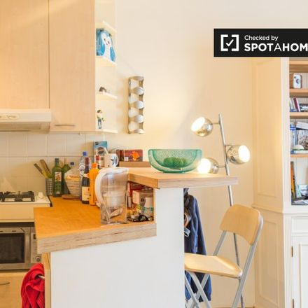 Rent this 1 bed apartment on Chaussée de Boondael - Boondaalse Steenweg 2 in 1050 Ixelles - Elsene, Belgium