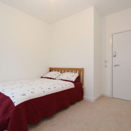 Rent this 3 bed room on Nyland Court in Naomi Street, London SE8 5EX