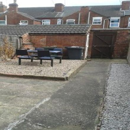 Rent this 2 bed house on Beechfield Road in Doncaster DN1 2AH, United Kingdom