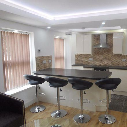 Rent this 3 bed apartment on Richmond Road in Cardiff CF, United Kingdom