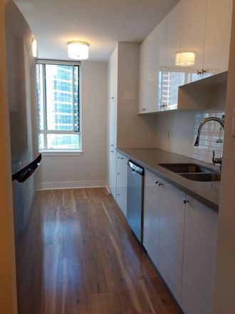 Rent this 1 bed condo on Bloor in Toronto, ON M5G 2G4