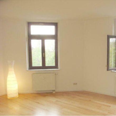 Rent this 2 bed apartment on Lessingplatz 6 in 09130 Chemnitz, Germany