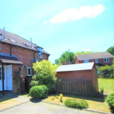 Rent this 1 bed house on Hawkwell in Hart GU52 8XF, United Kingdom