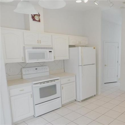 Rent this 3 bed house on 482 N Fresno Ave in Hernando, FL