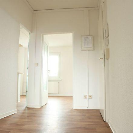 Rent this 3 bed apartment on Werner-Seelenbinder-Ring 80 in 06849 Dessau-Roßlau, Germany
