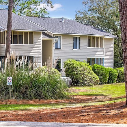 Rent this 3 bed apartment on 1820 East Victory Drive in Savannah, GA 31404