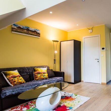Rent this 1 bed apartment on Rue des Confédérés - Eedgenotenstraat 54 in 1000 Ville de Bruxelles - Stad Brussel, Belgium