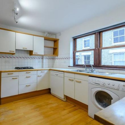 Rent this 5 bed house on 40 York Terrace in Cambridge CB1 2PR, United Kingdom