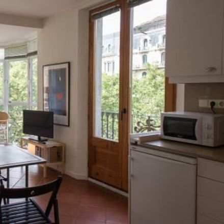 Rent this 2 bed apartment on La Rambla in 123, 08002 Barcelona
