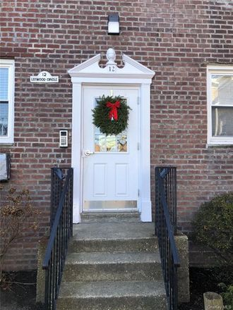 Rent this 1 bed condo on 12 Leewood Circle in Eastchester, NY 10709