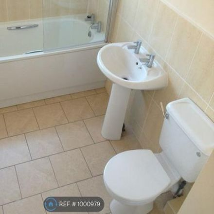 Rent this 3 bed house on Gordon Road in Wyre FY7 6UE, United Kingdom
