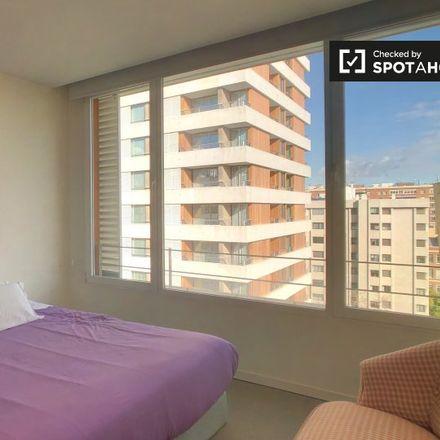 Rent this 1 bed apartment on Banco Popular in Avenida de Alberto Alcocer, 28001 Madrid