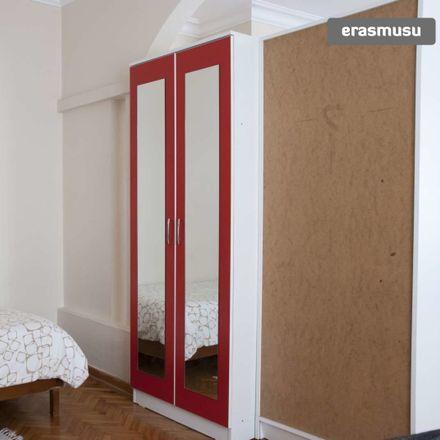 Rent this 4 bed room on Eskişehir Mahallesi in Değirmen Sk. No:98, 34375 Şişli/İstanbul