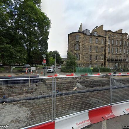 Rent this 3 bed apartment on Gayfield Square in City of Edinburgh, EH7 4AB