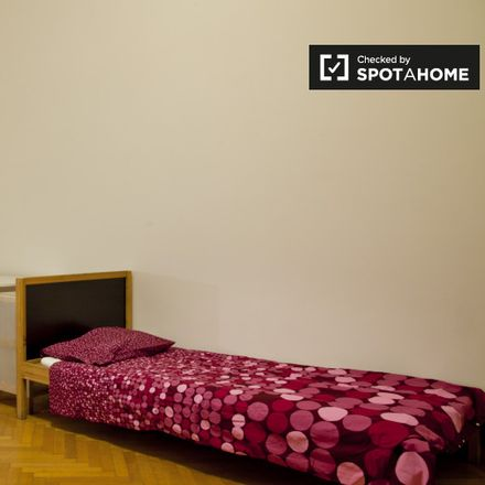 Rent this 2 bed apartment on A.S.D.Tennis Roma in Via Ipponio, 11