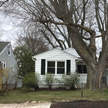 Rent this 2 bed house on 326 Gray Street in Green Bay, WI 54303