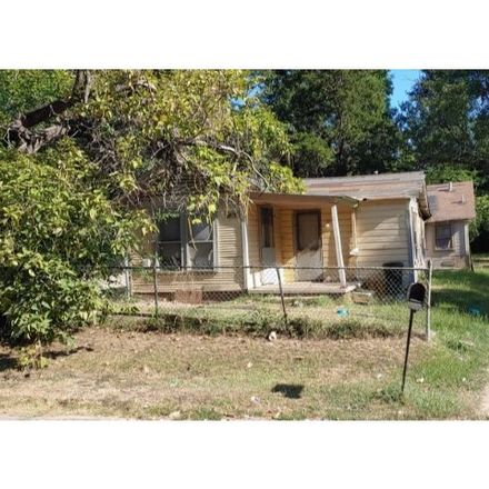 Rent this 0 bed condo on 207 Humble Avenue in Longview, TX 75602