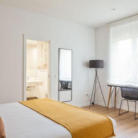 Rent this 3 bed apartment on Plaza de Santo Domingo in Calle de Fomento, 28001 Madrid