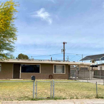 Rent this 3 bed house on W 17th Pl in Yuma, AZ