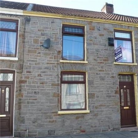 Rent this 3 bed house on Chapel Street in Tonypandy, CF40 2RB