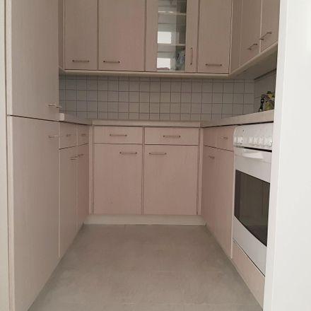 Rent this 4 bed apartment on Sporthalle Zwickau-Neuplanitz in Dortmunder Straße, 08062 Zwickau