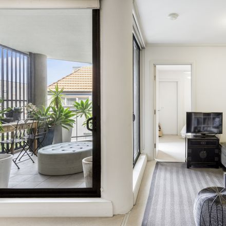 Rent this 2 bed apartment on 304/88 Vista Street