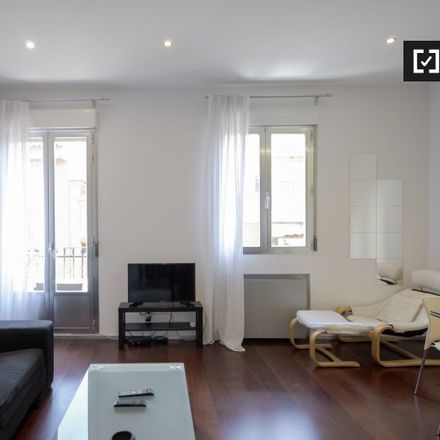 Rent this 1 bed apartment on Comic Hunter in Calle Mira el Río Baja, 2