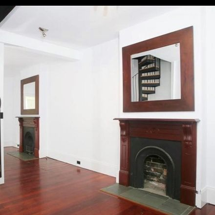 Rent this 3 bed apartment on 60 Bulwara Road