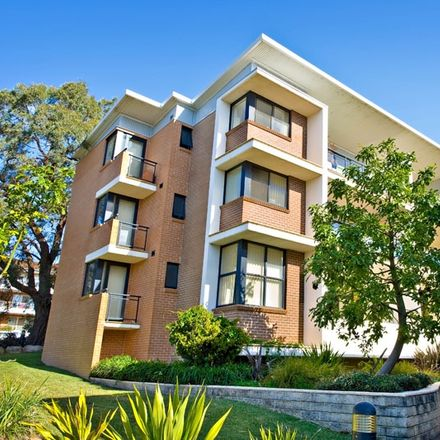 Rent this 1 bed apartment on 19/1-3 Jacaranda Road