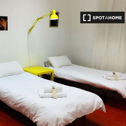 Rent this 6 bed room on 015 Ribera in Carrer de Ribera, 46002 Valencia