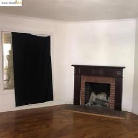 Rent this 3 bed house on 2222 85th Avenue in Oakland, CA