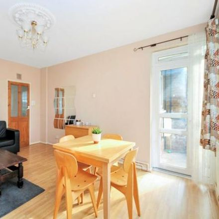 Rent this 4 bed apartment on Briardale in 1-19 Wimbledon Park Road, London SW19 6NW