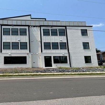 Rent this 2 bed apartment on 4405 Kentucky Avenue in Richland, Nashville