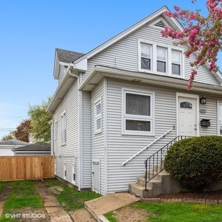 Rent this 5 bed house on 6317 West Roscoe Street in Chicago, IL 60634
