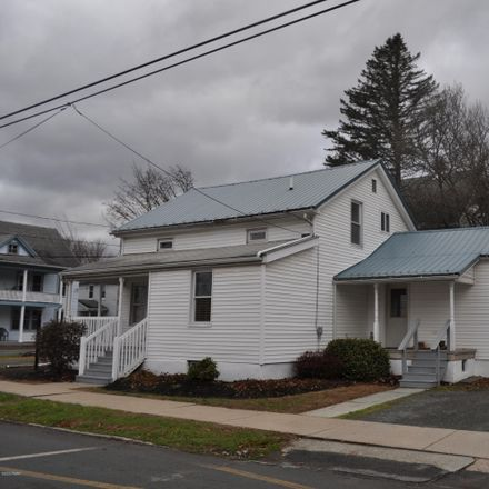 Rent this 3 bed house on 307 11th Street in Honesdale, PA 18431