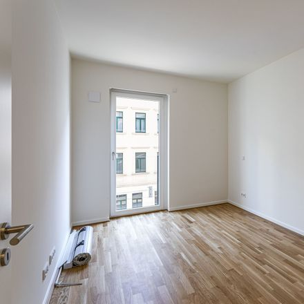 Rent this 5 bed apartment on Friedrich-Ebert-Straße 92 in 04105 Leipzig, Germany