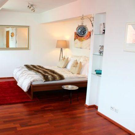 Rent this 1 bed apartment on Singerstraße 4 in 1010 Vienna, Austria