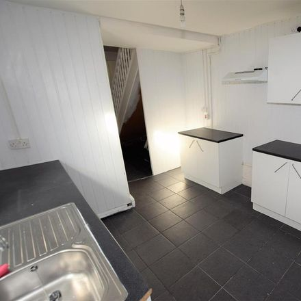 Rent this 2 bed house on Barry Road in Barry CF62, United Kingdom