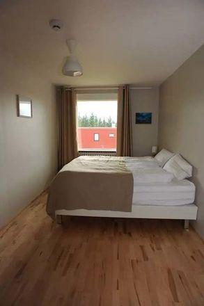 Rent this 4 bed room on Laugarásvegur in Reykjavík, Ísland